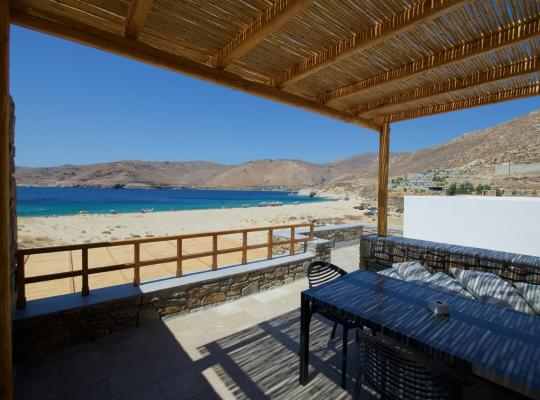Foto dell'hotel: THEROS TWO - VAGIA BEACH