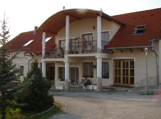 Foto dell'hotel: Europa Vendégház