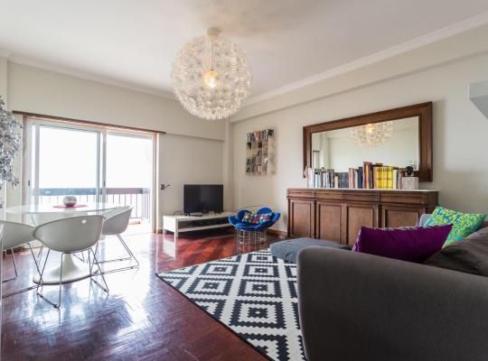 Fotografii: 620 flh oeiras sea view apartment