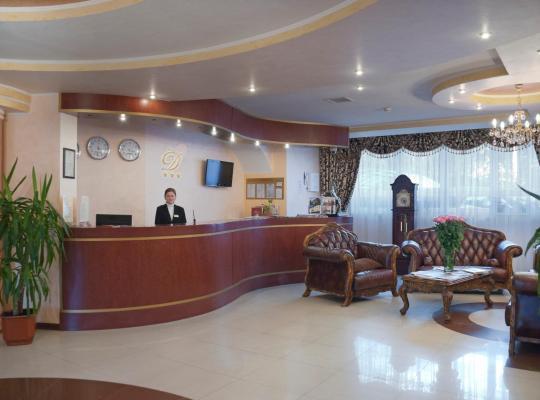 Otel fotoğrafları: Dominik Hotel