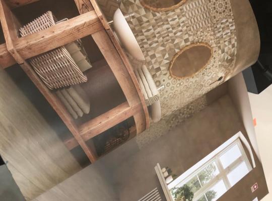 होटल तस्वीरें: Al Karama Street 20 Apartment