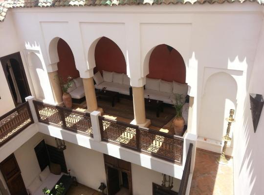 Φωτογραφίες του ξενοδοχείου: Riad Azza