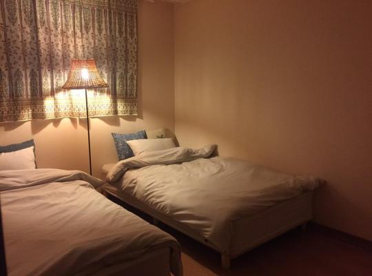 Hotel photos: 대전 유성온천역 봉명동 Shanti House
