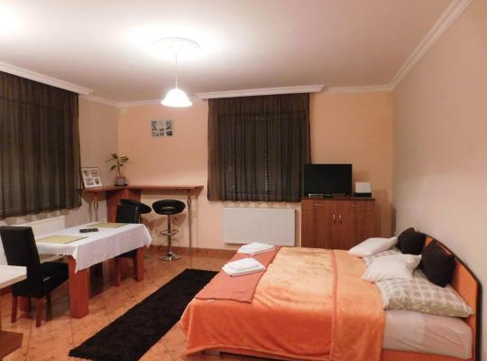 Хотел снимки: Állomás tér