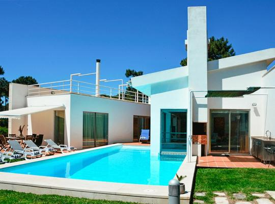 صور الفندق: Aroeira Villa Sleeps 12 Pool Air Con WiFi