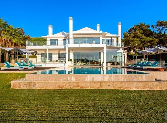 Хотел снимки: Quinta do Lago Villa Sleeps 10 Pool Air Con