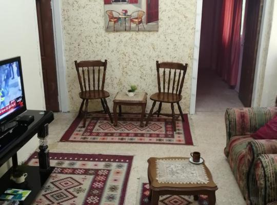 Viesnīcas bildes: Ibn Khaldoon Apartment