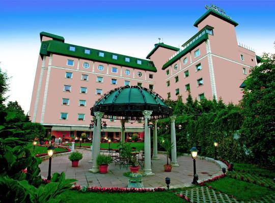 รูปภาพจากโรงแรม: The Green Park Hotel Merter