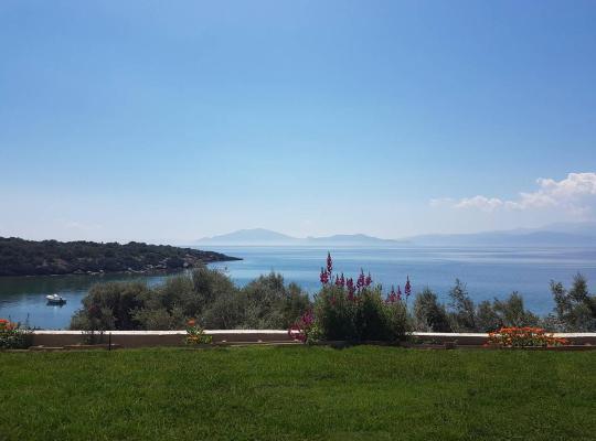 תמונות מלון: Sea front condo on the Gulf of Pagasitikos