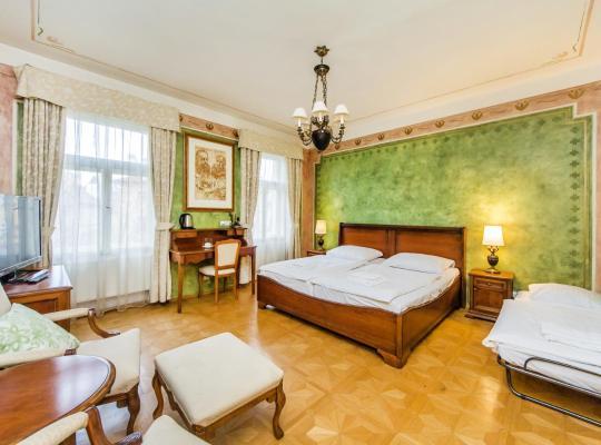 Viesnīcas bildes: Hotel U Jezulatka
