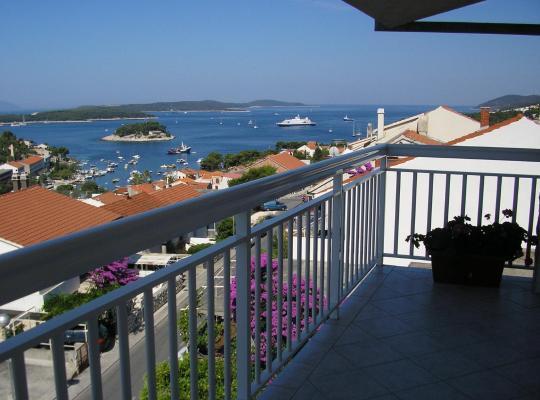 Fotos do Hotel: Apartments Slijepcevic