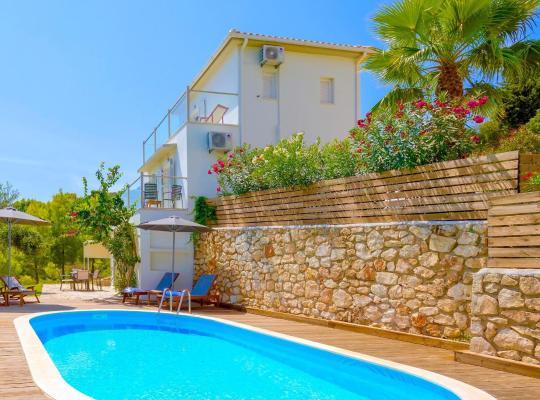 תמונות מלון: Villa Keri View with private pool