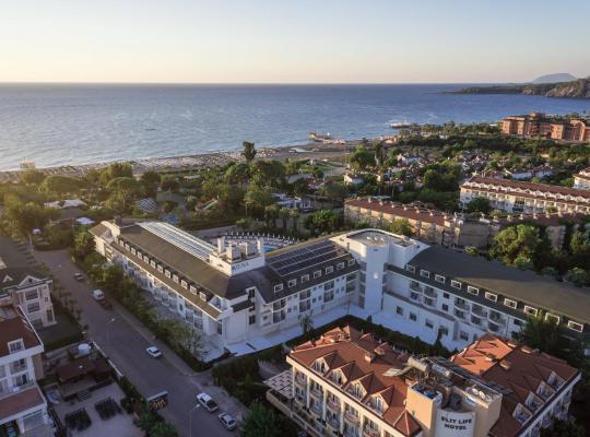รูปภาพจากโรงแรม: Zena Resort Hotel