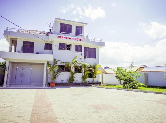 Hotelfotos: Nyaholoti Airport Hotel