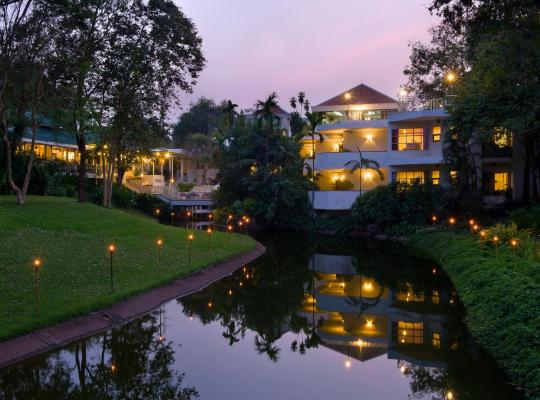 Fotos de Hotel: Comsaed River Kwai Resort