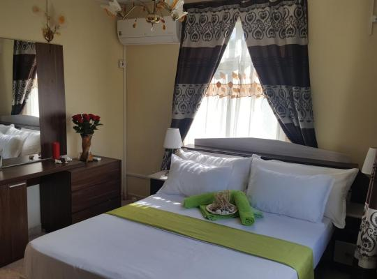 Foto dell'hotel: Riverside Holiday Home Facing Riverview