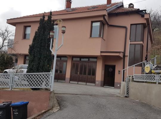 Fotos do Hotel: Jamine19 Zagreb