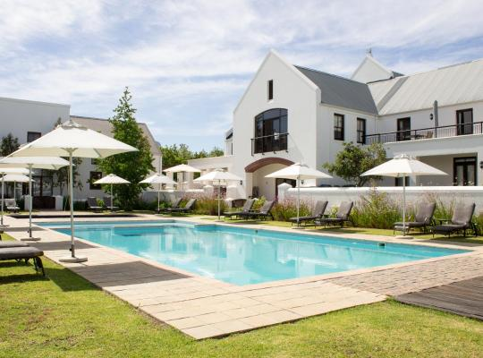 Fotografii: Winelands Golf Lodges