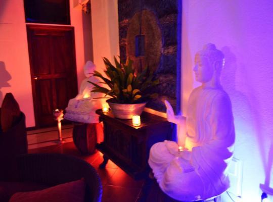 Képek: Hotel Aquamarina Suites