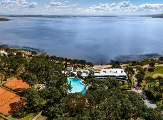 Hotel photos: Hotel del Lago Golf & Art Resort