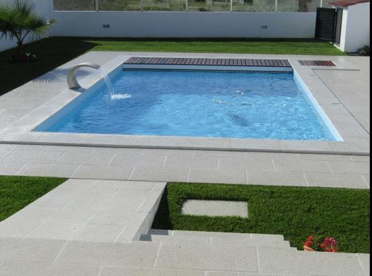 Fotos de Hotel: Magnifique villa avec piscine Aveiro