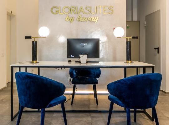 Otel fotoğrafları: Gloria Suites by LxWay
