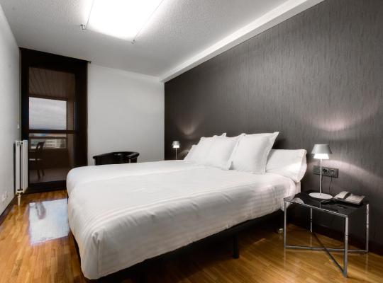 Fotos de Hotel: Apartamentos Mendebaldea Suites