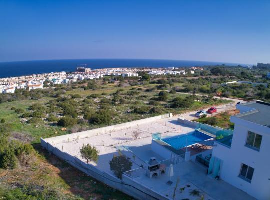 Hotel bilder: Aetopetra Villa
