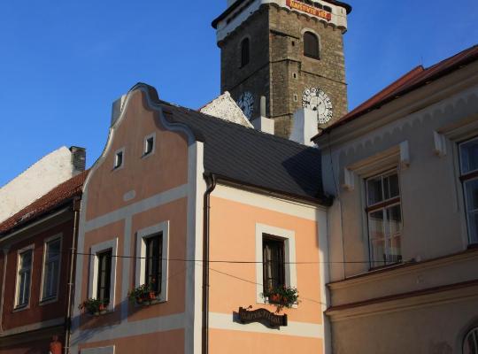 Fotografii: Apartmány pod věží