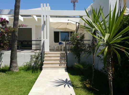 ホテルの写真: Villa Saadia Front de Mer