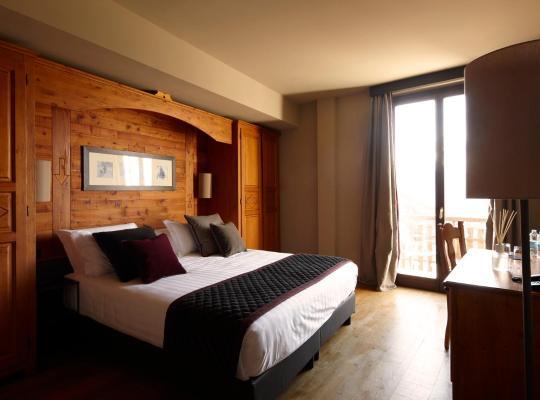 Otel fotoğrafları: Grand Hotel Besson