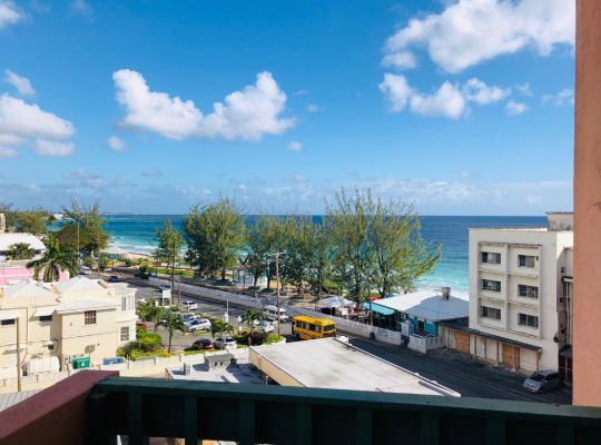 Hotel photos: Opp Sea, Beach, Restaurants - 2bed 2 bath 5B Hastings Towers