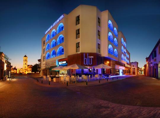 รูปภาพจากโรงแรม: Livadhiotis City Hotel