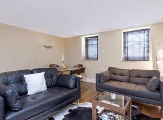 酒店照片: Wimbledon 2 Bedroom Apartment