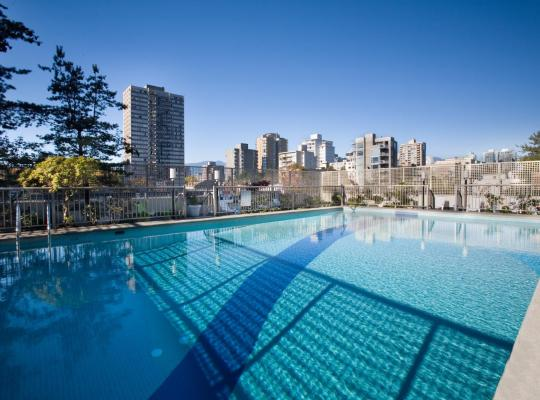 호텔 사진: Sandman Suites Vancouver on Davie