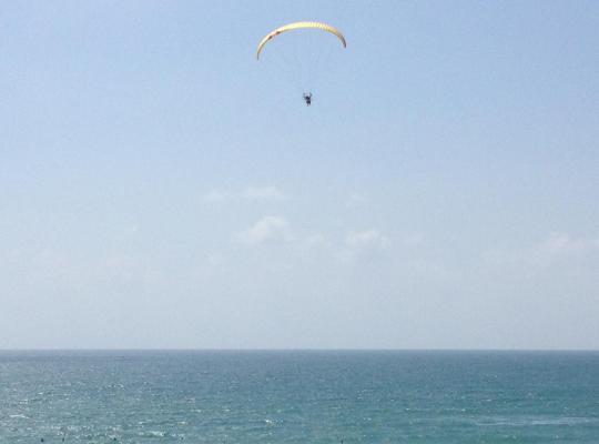 Otel fotoğrafları: Rishon Lezion beach apartment