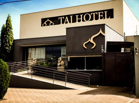 Képek: Taj Hotel