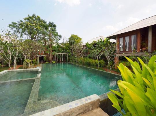 Hotel photos: BaanSuk Sukhothai Resort