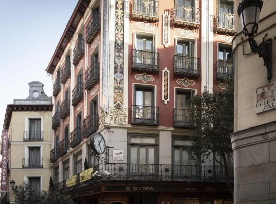 Hotel fotografií: Petit Palace Posada del Peine