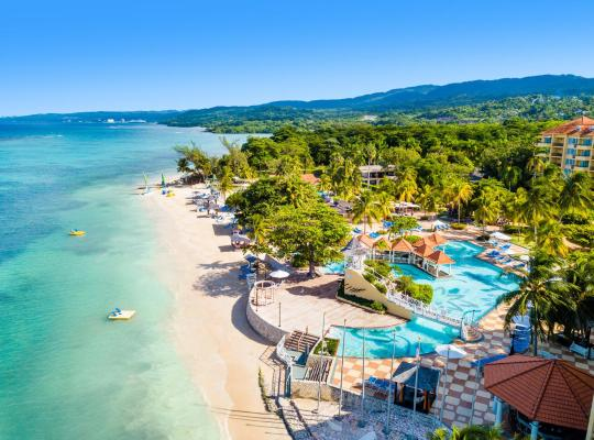 Hotel Valokuvat: Jewel Dunn's River Adult Beach Resort & Spa