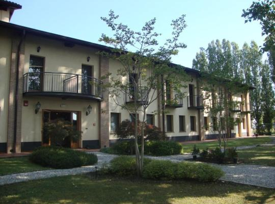 Hotel fotografií: Hotel Alle Mondine