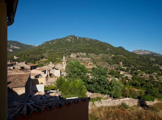Hotel bilder: Es Petit Hotel de Valldemossa