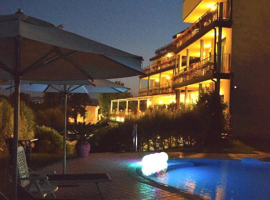 Képek: Hotel Riva Del Sole