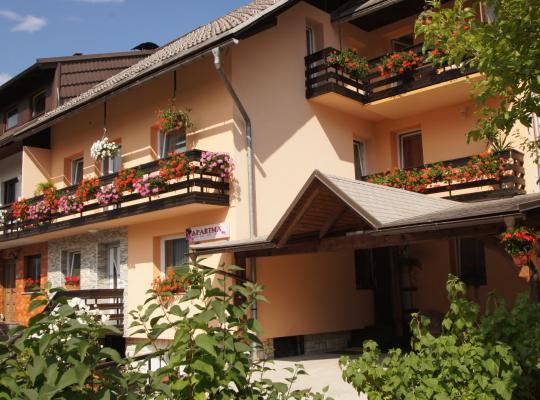 Fotos de Hotel: Apartments Mencinger