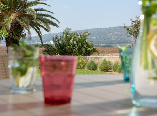 酒店照片: Holiday Village Kibbutz Mizra