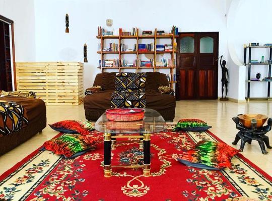Фотографії готелю: Banjul International House