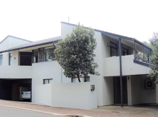 Zdjęcia obiektu: Chic Beachside Apartments - Glenelg South