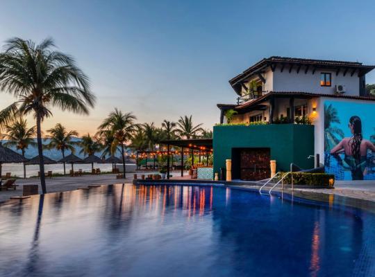 होटल तस्वीरें: Thompson Zihuatanejo