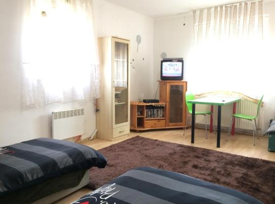 Hotel bilder: Relax Vendégház és Apartman