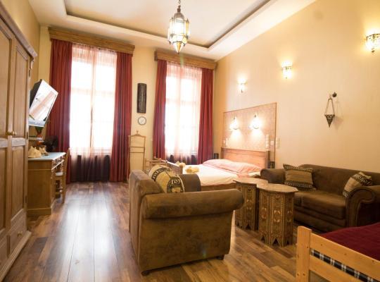 Φωτογραφίες του ξενοδοχείου: Budapest Royal Suites